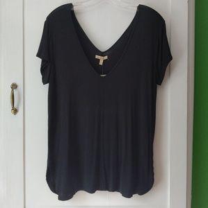 Black Anthropologie tee shirt (M)